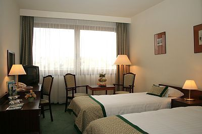 4 star lodging in Budapest - Hotel Hungaria City Center Budapest